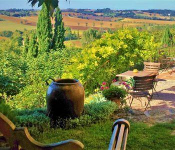 Languedoc Cuq en Terrasses view